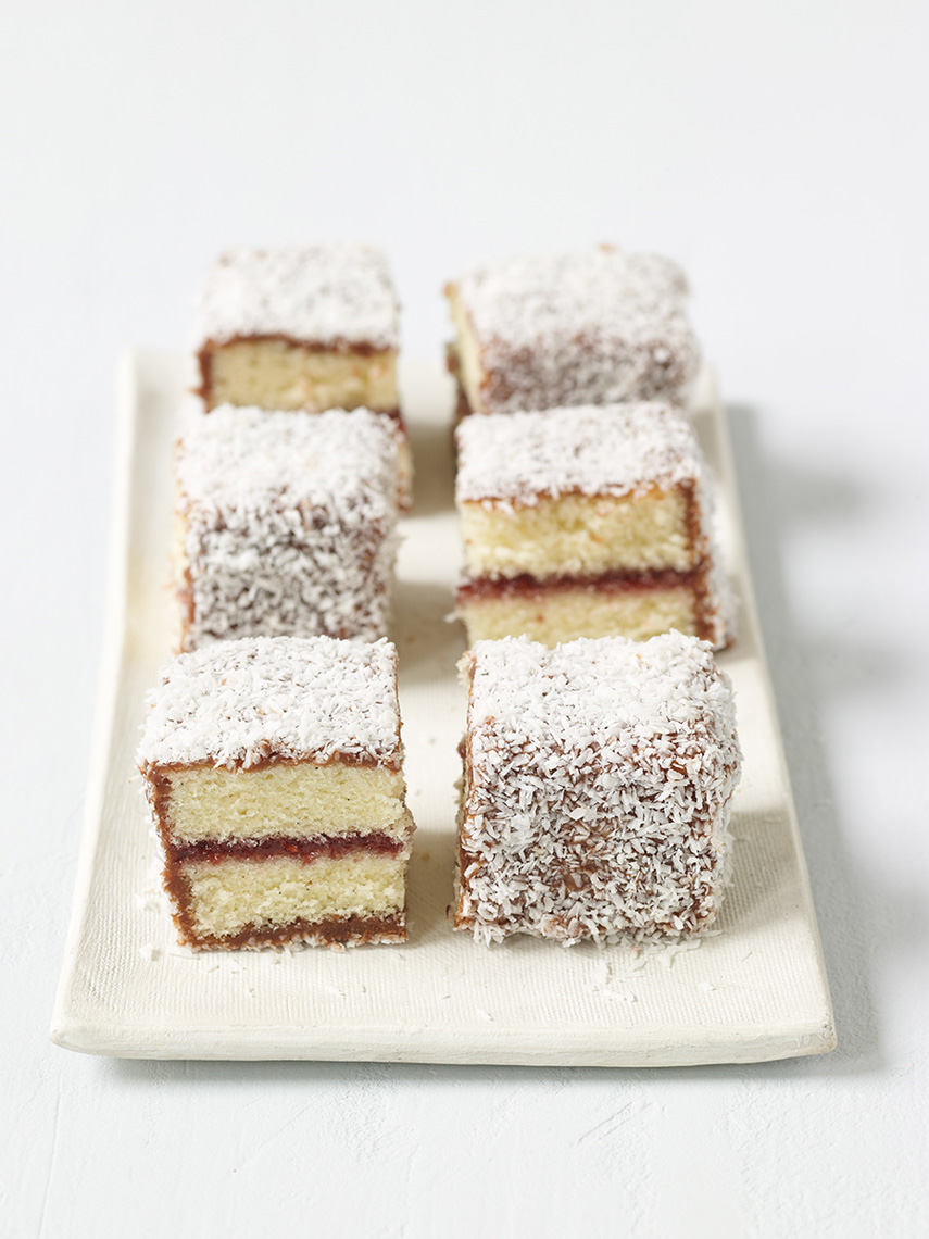 Ch1_7_Lamington-Bars_34103.Web